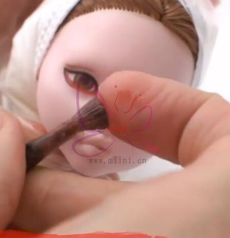 娃娃小雀斑
