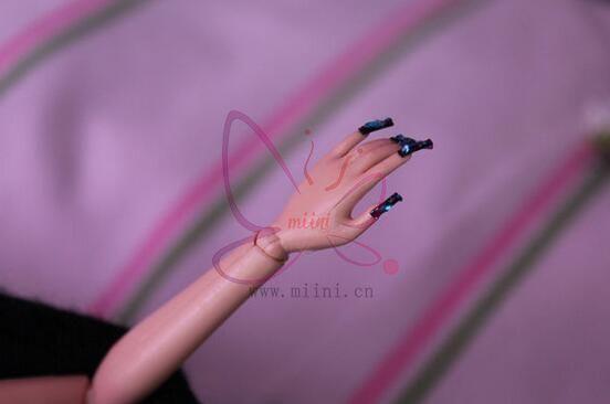 芭比娃娃美甲