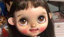 如何给Blythe小布娃娃加小牙的教程,很详细哦。