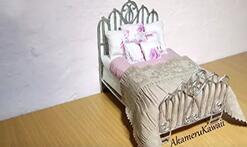 用软陶给可儿娃娃做一张复古公主床,非常精致!