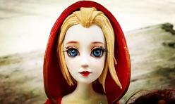 圣诞节到了,用粘土给自己心爱的娃娃改妆成圣诞雪女造型
