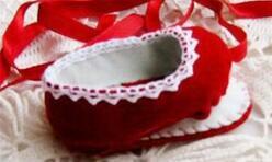 bjd娃娃可爱的小红鞋子制作教程,教程很详细,新手也能很快学会~