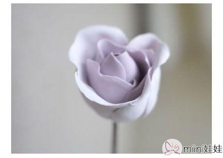 紫色立体粘土玫瑰花制作方法