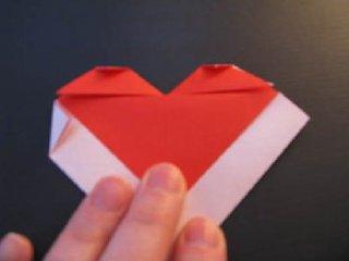心心相印的心形折纸制作13