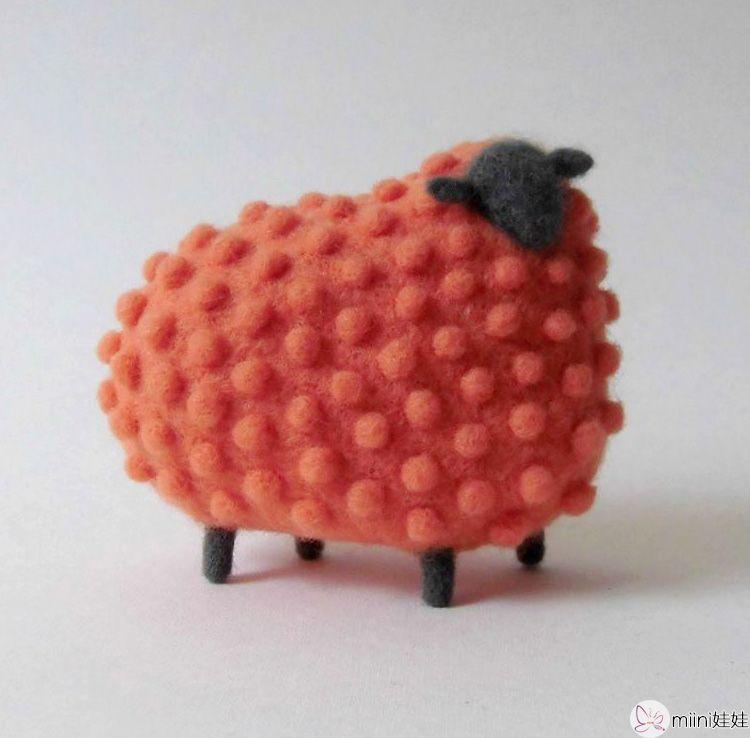 手工制作可爱的羊毛毡公仔