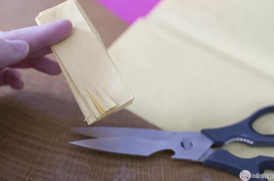 diy纸花制作方法 薄纸花怎么做?