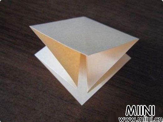 简单玫瑰花的折法1