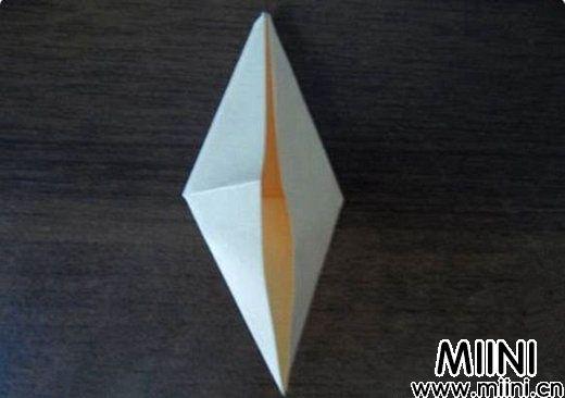 简单玫瑰花的折法3