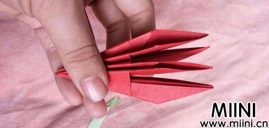 百合花折纸 第12步