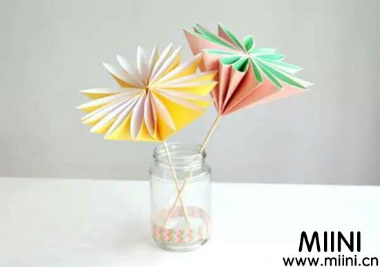 最简单的纸花折纸法教程图解,放在花瓶里面真好看