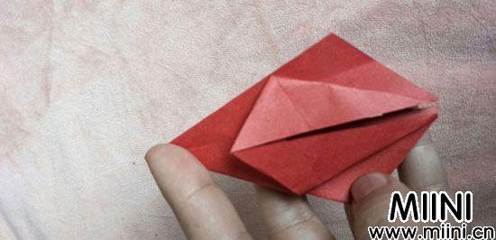 百合花折纸 第7步