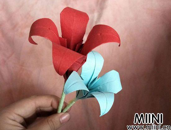 百合花折纸 第15步