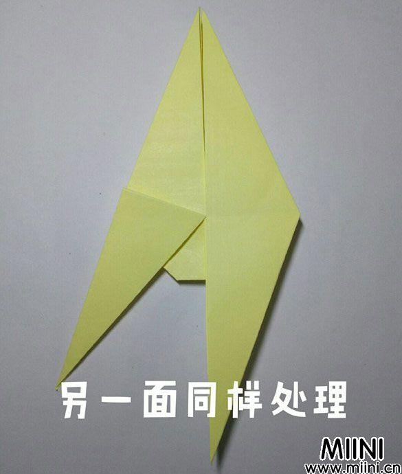 折纸鹿的折法图解教程,好看的鹿只需几步 第19步