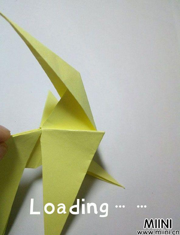 折纸鹿的折法图解教程,好看的鹿只需几步 第25步