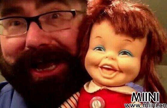 狂笑的娃娃