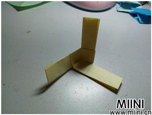 儿童折纸竹蜻蜓的制作教程