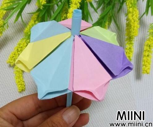 雨伞的折法01.jpg
