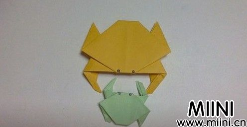 小螃蟹怎么折18.JPG