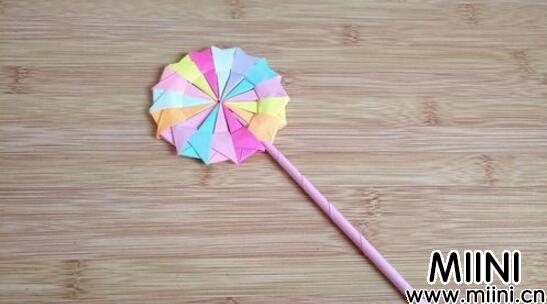 手工折纸教程,彩纸棒棒糖怎么做