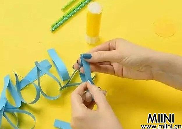 手工折纸成菊花的步骤教程