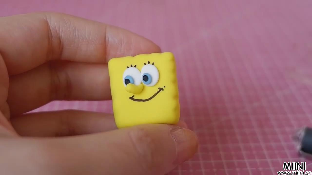 可爱海绵宝宝粘土卡通玩偶