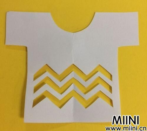 T恤的剪纸01.jpg