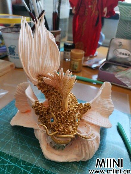 软陶风水金鱼摆件制作方法