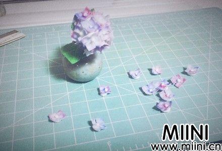 用超轻粘土做出来的绣球花