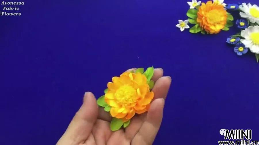 丝带夏季花夹的详细制作步骤图