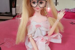 芭比娃娃露肩礼服娃衣手工教程