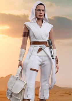 《星战9:天行者崛起》- Rey/雷伊 & 机器人D-O