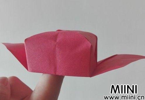 状元帽折纸步骤图解教程