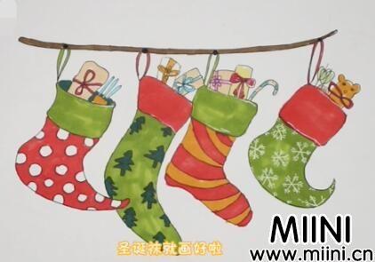 圣诞袜的简笔画怎么画?圣诞袜的简笔画步骤教程