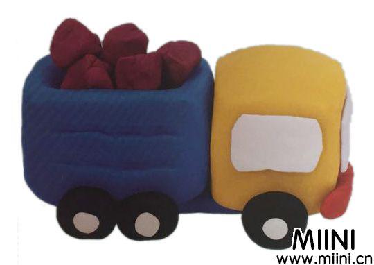 超轻粘土制作一辆拉货的小卡车