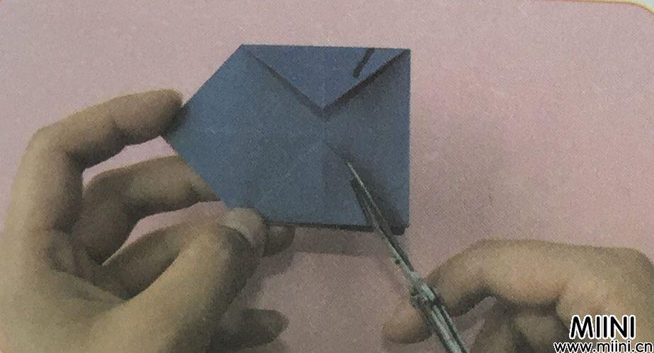火箭折纸的步骤教程