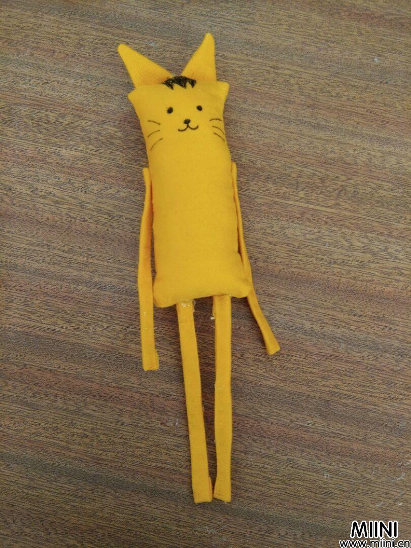 教你DIY做丑萌娃布偶的做法