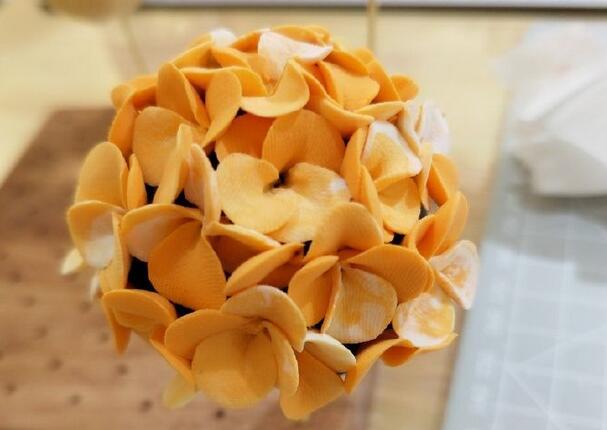 粘土花团锦簇小绣球制作方法教学步骤