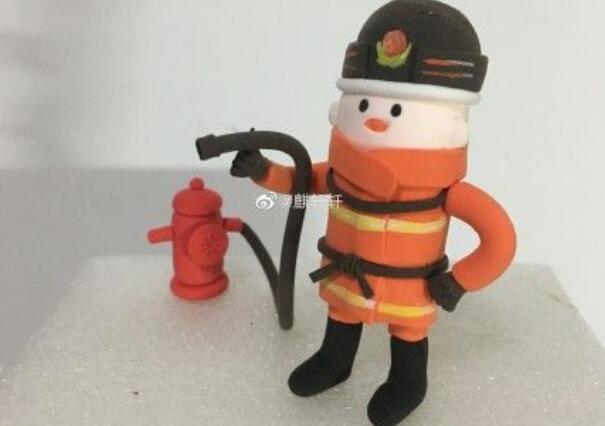 超轻粘土消防员人偶做法