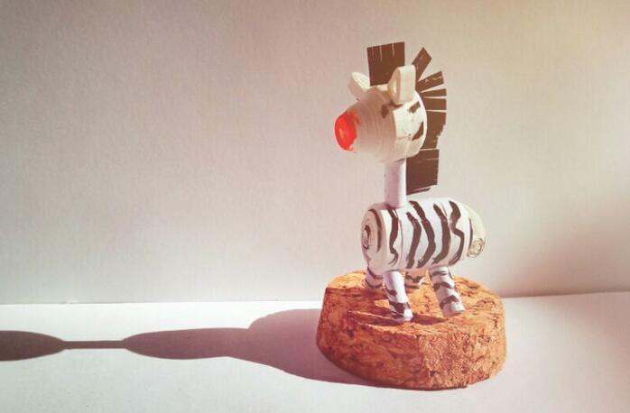 DIY小斑马卷纸步骤图解