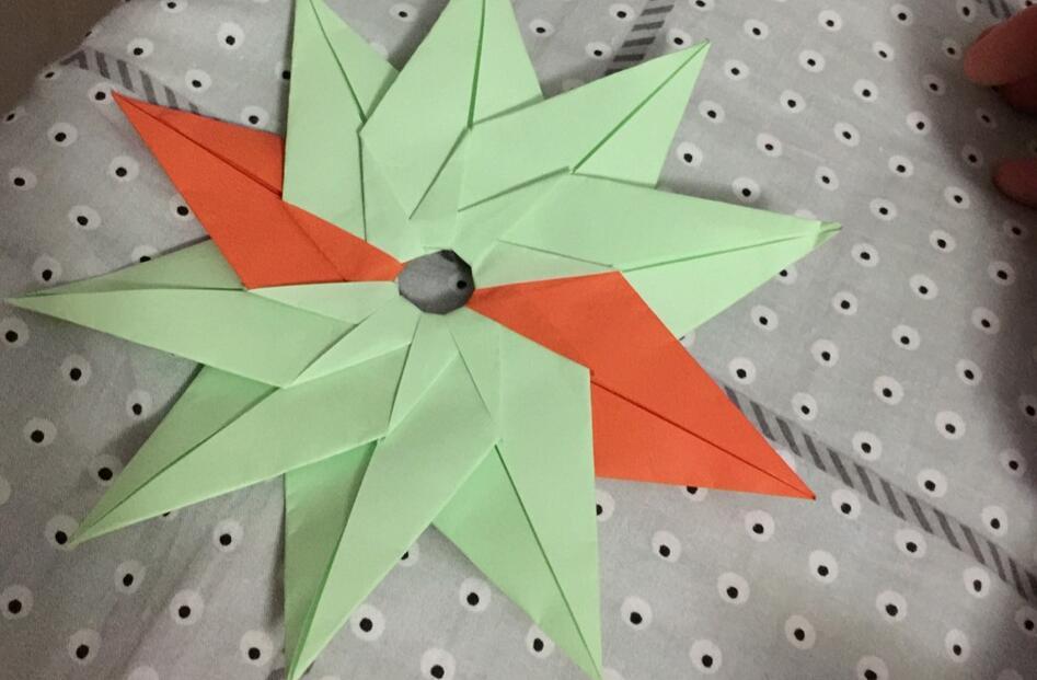 简单飞盘折纸方法图解教程