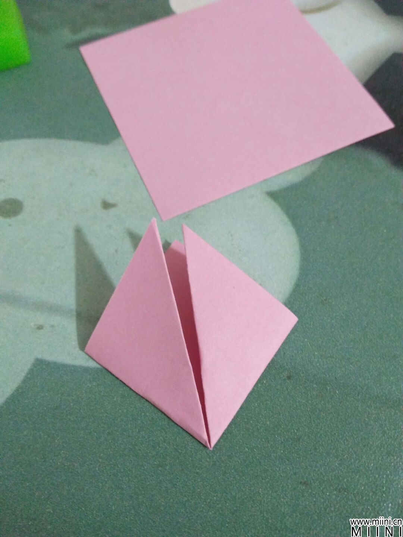 手工折纸纸艺花折纸方法
