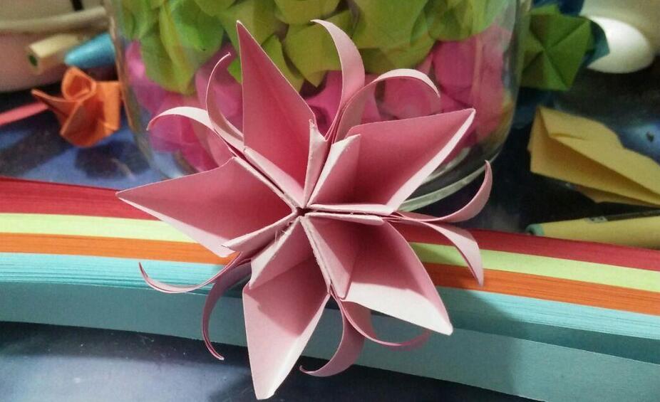 纸艺花折纸步骤图解