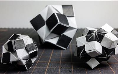 结实好玩的折纸黑白球教程