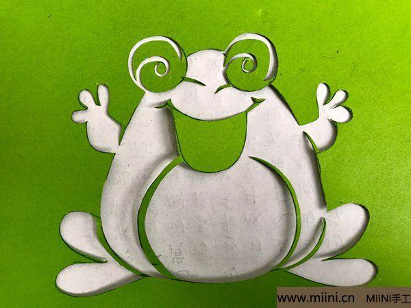 剪纸大青蛙 第6步