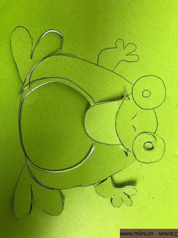 剪纸大青蛙 第4步