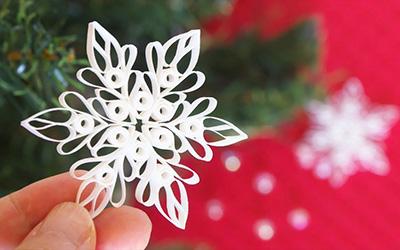 教你折纸一片雪花,挂在房间里真美