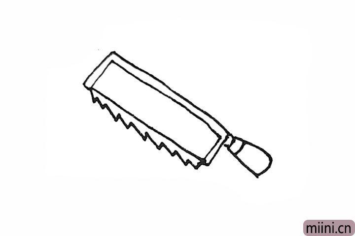 5.还需要用一条小折线画出锯片锯齿的样子。