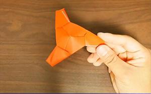 适合在课桌上玩的折纸陀螺