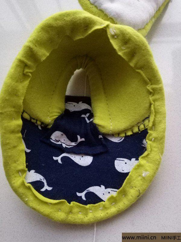 婴幼儿防滑软底鞋 第4步