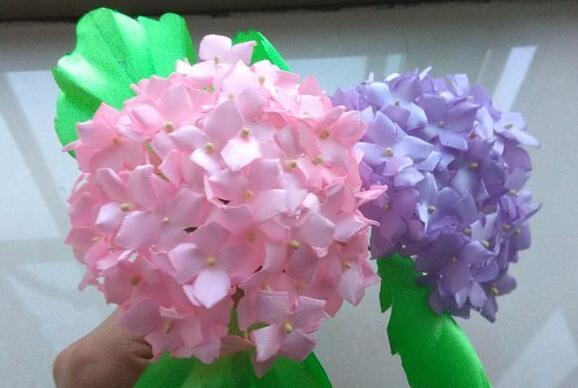 用绸缎带制作紫阳花步骤